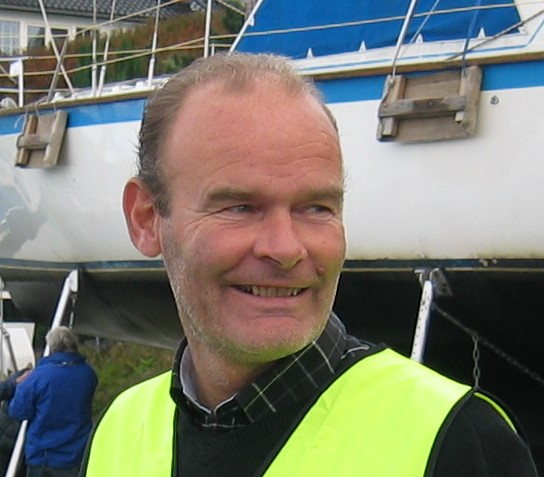 Opplagsjef Leif Ranvik følger nøye med